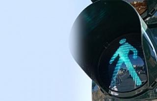Viyana'da 'Yeşil Işık'ta geçerken...