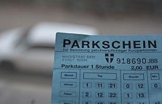 Viyana'nın o bölgesinde de paralı park uygulaması...