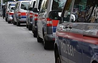 Viyana Polisi, vatandaşların bu tutumundan memnun...