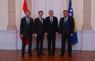 Dışişleri Bakanı Sebastian Kurz'tan önemli...