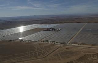 Dünyanın en büyük güneş enerjisi santrali açıldı