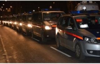 """Linz Polisi, """"sahte hayırseverler""""e karşı halkı..."""