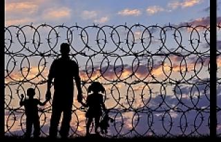 Üç Balkan ülkesi daha sığınmacılara sınırları...