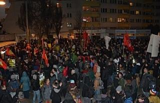 Viyana'da Protestoya Karşı Protesto: 2 Gözaltı