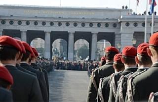 Avusturya'dan 'Asker' kararı
