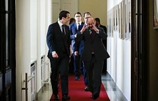 AB Parlementosu Başkanı Schulz, Başbakan Kern'i...