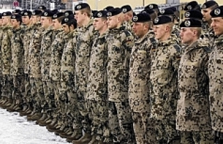 Almanya asker sayısını arttıyor