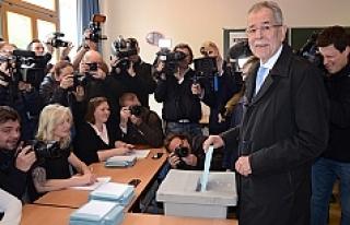 Avusturya cumhurbaşkanı adayı Bellen'den samimi...