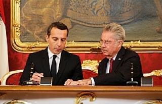 Avusturya'nın yeni başbakanı resmi göreve...