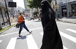 Bulgaristan'da burka yasağı yayılıyor