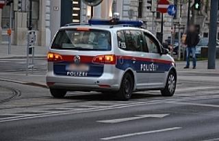 Avusturya: Polisten kaçan kadın sürücü başka...