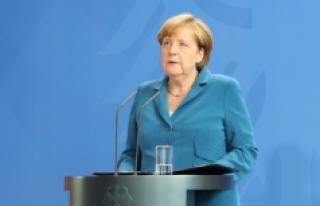 Alman gazeteciden Merkel'e çağrı: 'Bu...