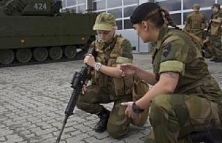 Kadınlara zorunlu askerlik getiren ilk NATO ülkesi