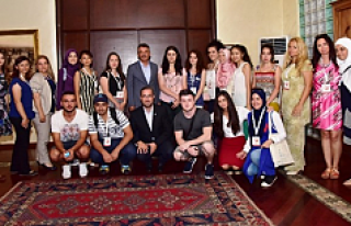Yunus Emre Enstitüsü 'Türkçe Yaz Okulu'...