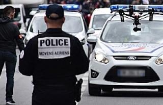Avrupa: Başörtülü kadın başından vurularak...