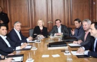 İsviçre'deki Kıbrıs müzakerelerinin sonuçsuz...