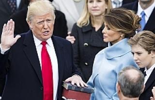 Donald Trump yemin ederek ABD'nin 45. Başkanı...