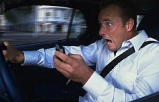 Sürücülerin düşmanı: Cep telefonları!