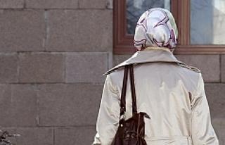 Avrupa ülkesinde başörtülülerin işsizlik maaşına...