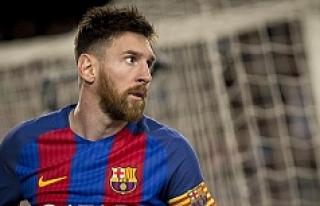 FIFA'dan Messi'ye 4 maç ceza