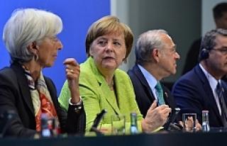 Berlin'de ekonomik zirve