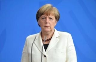 Merkel: 'Sömürge döneminde Afrika'da...