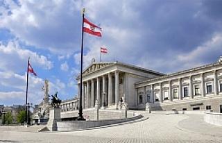 Avusturya, 100 bin Türk'ü incelemeye aldı