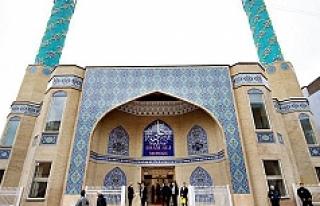 Stockholm'deki İmam Ali Camii kullanılmaz hale...