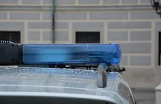 Salzburg'ta sarhoş adam polis arabasını gasp...