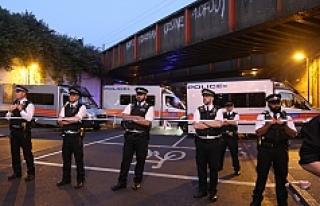 Londra'da Müslümanları hedef alan araçlı...