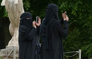 """Fransız iş adamından Avusturya'daki """"burka..."""
