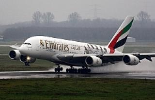 O ülke kadınları uçağa almayan Emirates Havayolları'nın...