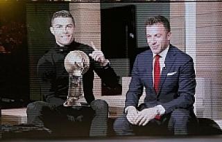 Ronaldo 4. kez yılın futbolcusu