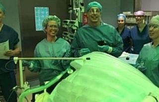 O ülkede ameliyatsız mide küçültme operasyonu...