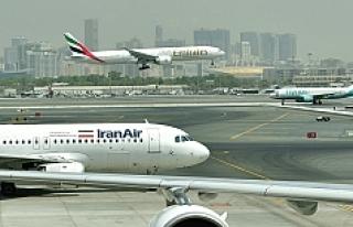 66 kişiyi taşıyan yolcu uçağı düştü: Kurtulan...