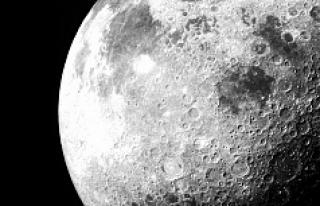 Ay'daki yeni keşif yaygın teorileri yalanlıyor