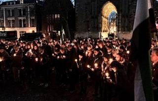 Hollanda'da 'Suriye için ışık'...