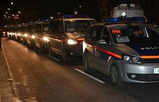 Avusturyapolisinden 'kimlikçilere' baskın