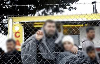 """Avusturya'da sığınmacılara """"toplama..."""