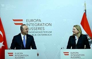 Avusturya Dışişleri Bakanı Kneissl'den Çavuşoğlu'na...