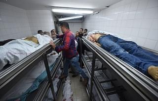 Gazze'de şehit edilen Filistinli sayısı 43'e...