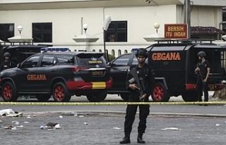 Endonezya'da hava alanında silahlı saldırı:...