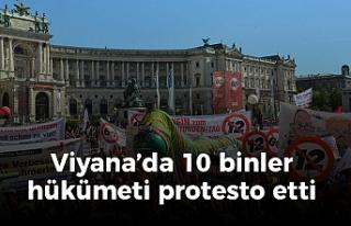 Viyana'da tarihi protesto: 100 bini aşkın kişi...