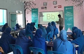 Türkçe dersi Tayland'da okul müfredatına...