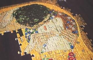 Paris'te ünlü ressam Gustav Klimt'in renkli...