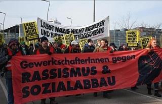 Viyana'da FPÖ karşıtı protesto