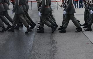 """Avusturya ordusunda """"Kimlikçiler Hareketi"""" üyesi..."""