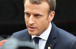 Macron: AB, İngiltere'deki siyasi krizin rehini...