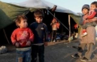 ''İngiltere, Suriyeli Mültecilere Kapılarını...