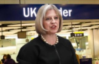 ''İngiltere terör şüphelilerini vatandaşlıktan...